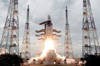 Chandrayaan-2 dey take off