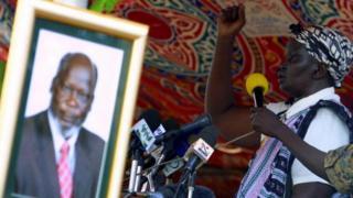 Rebecca Nyandeng Garang, la veuve de John Garang a dénoncé les menaces de mort contre elle et ses collègues de l'opposition