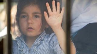 طفلة سورية لاجئة في لبنان