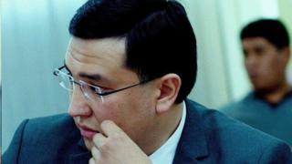 """34 жаштагы Канатбек Азиз учурда """"Ата Мекен"""" фракциясынын катчылыгында иштейт"""