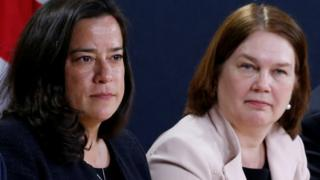 Jody Wilson-Raybould (L) and Jane Philpott (R)