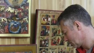 Мэр Екатеринбурга Евгений Ройзман в музее Невьянской иконы