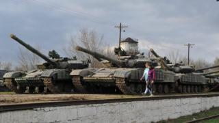 Украинские танки в Крыму в 2014 году