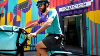 kurir na biciklu