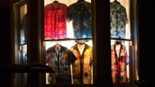 Window display - shirts