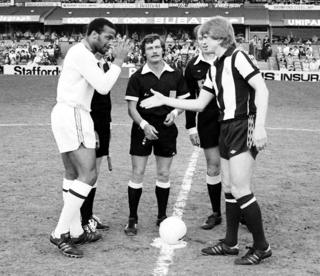 Cyrille Regis (left) and Len Cantello (right) at the kick-off of the 1979 testimonial match