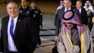 Mr Pompeo oo wadahadallo u jooga Riyadh.
