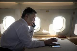 """Президент Петро Порошенко уже провів розмову із польським колегою Анджеєм Дудою перед тим, як підставну розмову спровували організувати """"пранкери"""""""