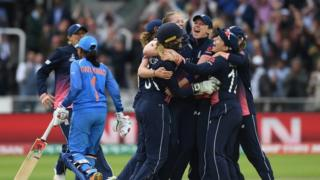 "England captain Heather Knight and team-mates celebrate after taking the final India wicket of Rajeshwari Gayakwad to win the ICC Women""s World Cup 2017 Final between England and India at Lord""s Cricket Ground on July 23, 2017 in London, England"