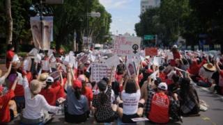 مظاهرة النساء في كوريا الجنوبية