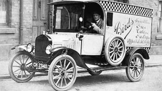 Birds van in 1920