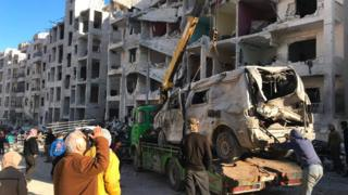 İdlib'de bu yıl yaşanan çatışmalarda çok sayıda kişi yaşamını yitirdi