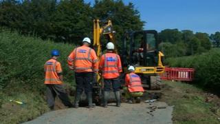 Severn Trent burst pipe Epperstone Nottinghamshire