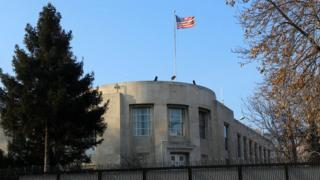 یاد رہے کہ اس سال اکتوبر میں امریکی سفارتخانے کے ایک اہلکار کی گرفتاری کے بعد امریکہ نے ملک میں تمام غیر امیگرینٹ ویزا سروسز معطل کر دی تھیں۔