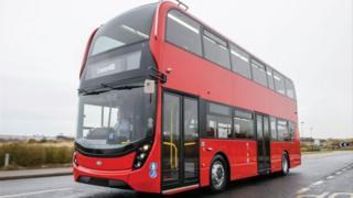 ADL E400 bus