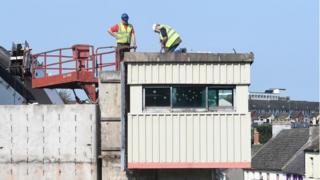 Downpatrick sangar demolition, 14 September 2016