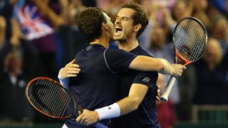 Jamie and Andy Murray beat Australia in doubles match