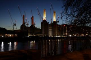 Один из самых амбициозных проектов Carillion - реконструкция и переустройство бывшей электростанции Баттерси в южном Лондоне