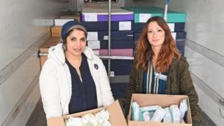 Dr Saleyha Ahsan a Dr Rola Hallam,