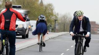Boris Johnson had a frosty reception from some cyclists on Vauxhall Bridge on Thursday