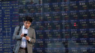 Asia stocks: Markets sink as global growth jitters spread