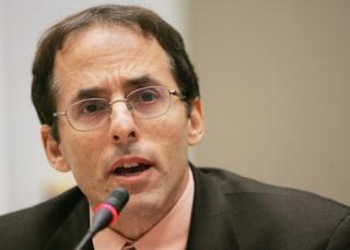Mark Weisbrot, el director del Centro para la Investigación Económica y de Políticas (CEPR, por sus siglas en inglés) y presidente del Just Foreign Policy.
