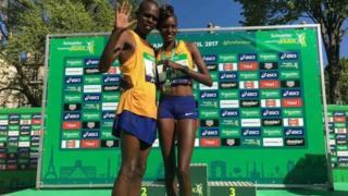 Paul Lonyangata n'umugore Purity Rionoripo batsinze ihiganwa rya marathon mu bahungu no mu bakobwa i Paris