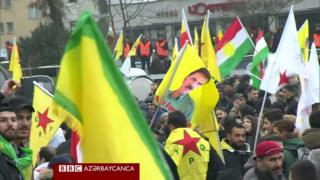 Almaniyada kürdlər Türkiyənin Afrin əməliyyatına qarşı etiraz aksiyası keçiriblər.