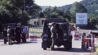 Irish army border checkpoint Killeen 1988