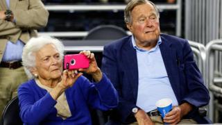 老布什與夫人