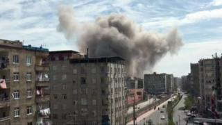 Smoke hangs over Diyarbakir - video grab, 11 Apr 17