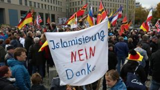 Dresden'de Pegida eylemi