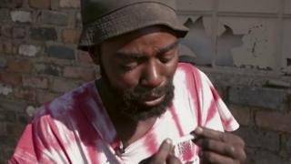 Jesus, un drogué qui est arrivé à se sortir du cycle de la drogue en Afrique du sud