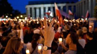 Польша, июль 2017 г. Поляки протестуют против перемен в юридической системе страны