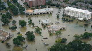 Последствия урагана Харви