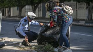 حملات تطوعية تجتاح تونس