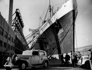 Queen Mary berthed in New York