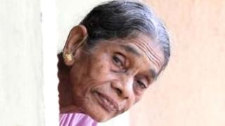 old, women, generation gap