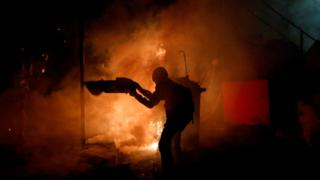 Hong Kong protests: Rule of law on 'brink of collapse', police say