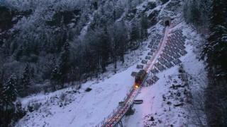 افتتاح قطار شیبدار جدید در سوئیس