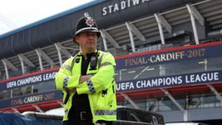 Cardiff stadı