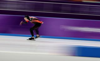 Ted-Jan Bloemen of Canada speeds around the Gangneung Oval