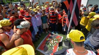 pemakaman, Flamengo