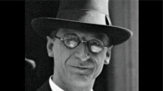 Éamon de Valera is buried in Glasnevin Cemetery in Dublin