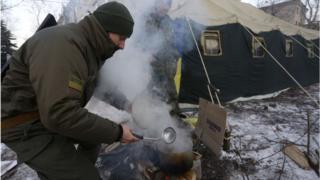 Для жителів Авдіївки розгорнули пункти обігріву. Авдіївка, 31 січня 2017 року.