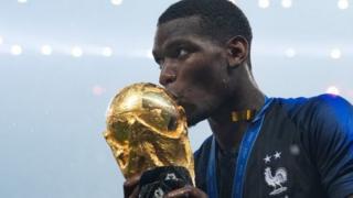 پل پوگبا، که والدینش از گینه هستند، در آخرین بازی به سود تیم فرانسه گل زد