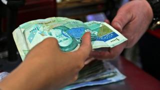 پیشبینی تورم ۵۰ درصدی در ایران