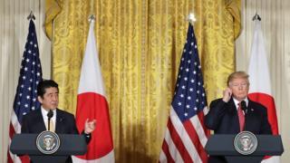 美国总统特朗普在白宫会见日本首相安倍晋三后