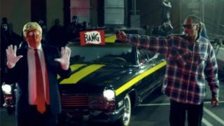 Snoop Dogg shoots fake Donald Trump