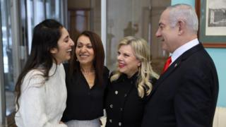 Naama Issachar and her mother are greeted in Moscow by Israeli PM Benjamin Netanyahu and Sara Netanyahu